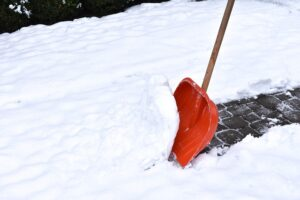 3 Easily Avoidable Mistakes Businesses Make with Their Snow and Ice Removal
